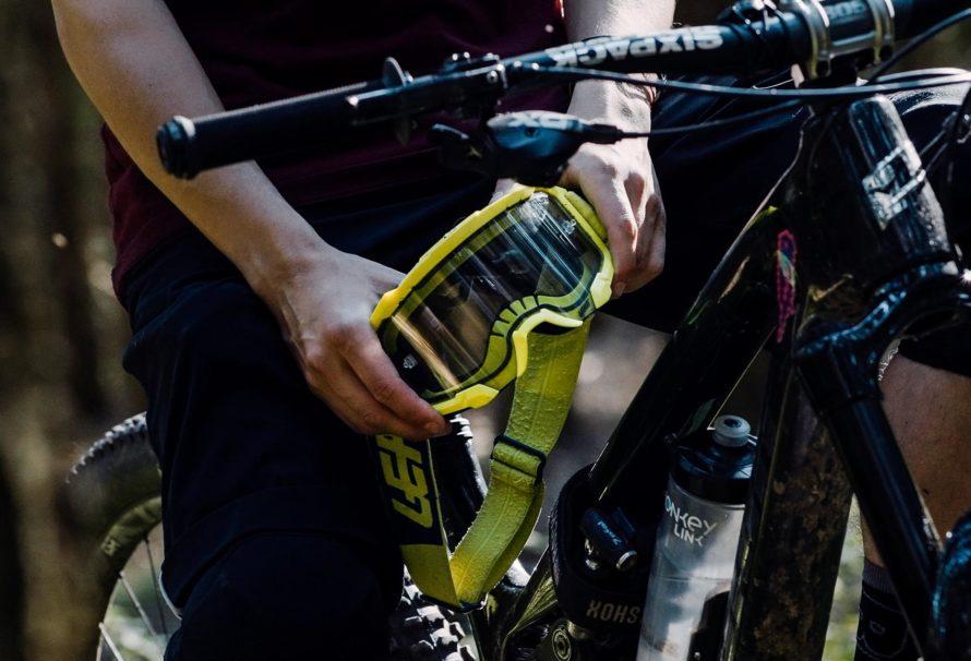 Over the glasses mountainbike goggle - Leatt Velocity 4.5